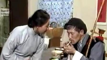 小学时候最爱看赵本山演的这段二人转 笑尿了