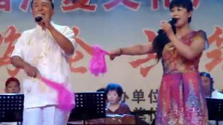 张宏伟谢晓丽演唱二人转小帽《小拜年》