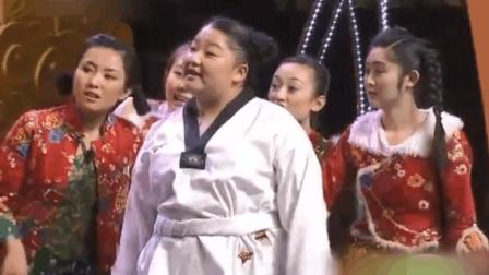 二人转《欢乐山乡》欢乐趣事多 王小虎 王小力表演