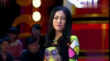 小品《追尾》王小虎和娇妻的表演真是绝了