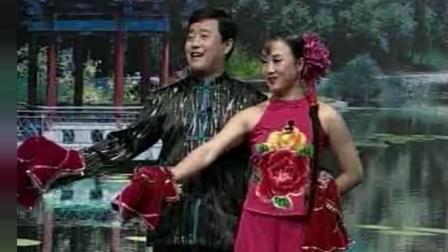 《月牙五更》赵本山徒弟王小宝 孙立荣的二人转小帽